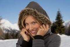 Mujer hermosa del invierno Imagenes de archivo