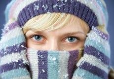 Mujer hermosa del invierno Imagen de archivo libre de regalías