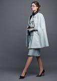 Mujer hermosa del negocio de moda con los accesorios Fotografía de archivo