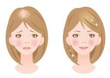 Mujer hermosa del pelo y mujer de reducción del pelo Fotografía de archivo libre de regalías