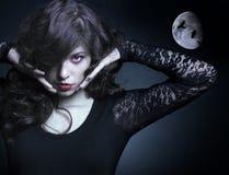 Mujer hermosa del vampiro Fotografía de archivo