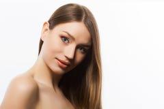 Mujer hermosa en fondo ligero Foto de archivo libre de regalías