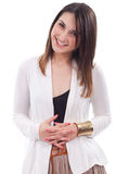 Mujer hermosa en la visión positiva y la sonrisa grande Imágenes de archivo libres de regalías