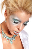 Mujer hermosa en maquillaje azul Imagenes de archivo