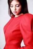 Mujer hermosa en vestido rojo Fotos de archivo