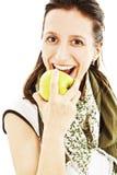 Mujer hermosa joven con una manzana Imagen de archivo libre de regalías