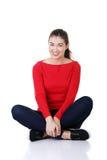 Mujer hermosa joven en ropa casual Imágenes de archivo libres de regalías