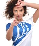 Mujer hermosa joven que señala el finger en la mirada y el cheerfu usted Imagen de archivo