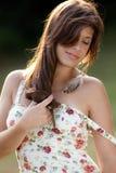 Mujer hermosa que disfruta de verano Imagen de archivo