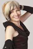 mujer hermosa sonriente en vestido de noche Imágenes de archivo libres de regalías