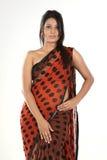 Mujer india en sari Imagen de archivo libre de regalías