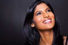 Mujer india que mira para arriba fotos de archivo libres de regalías