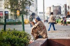 Mujer india joven en Delhi Foto de archivo libre de regalías