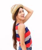 Mujer joven alegre con el sombrero Foto de archivo
