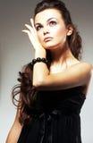 Mujer joven con el pelo largo Imagenes de archivo
