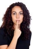 Mujer joven con la muestra del silencio Imagen de archivo libre de regalías