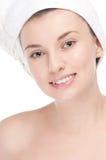 Mujer joven con la piel perfecta de la salud de la cara Imagen de archivo