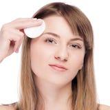 Mujer joven con la piel perfecta de la salud de la cara Imágenes de archivo libres de regalías