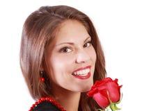Mujer joven con la rosa del rojo Fotos de archivo libres de regalías