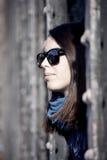 Mujer joven con las gafas de sol Fotografía de archivo