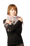 Mujer joven con una bufanda Imagenes de archivo