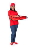 Mujer joven con una pizza entera Imagenes de archivo