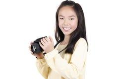 Mujer joven de la belleza que toma imágenes Imagen de archivo libre de regalías