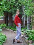 Mujer joven de moda Imagenes de archivo