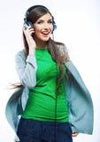 Mujer joven del movimiento con música que escucha de los auriculares Teena de la música Fotografía de archivo libre de regalías