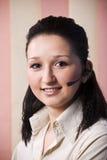 Mujer joven del operador del retrato Fotos de archivo libres de regalías
