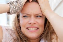 Mujer joven del pánico Imagen de archivo libre de regalías