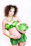 Mujer joven embarazada hermosa Imágenes de archivo libres de regalías