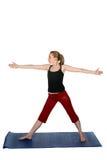 Mujer joven en actitud derecha de la yoga Foto de archivo