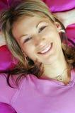 Mujer joven en color de rosa Imágenes de archivo libres de regalías