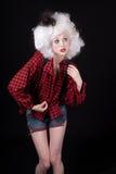 Mujer joven en equipo del Mid West atractivo imagen de archivo libre de regalías