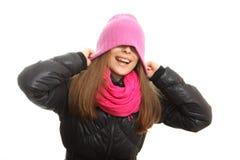 Mujer joven en ropa del invierno Fotos de archivo