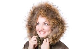 Mujer joven en una chaqueta con la piel Fotos de archivo libres de regalías