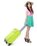 Mujer joven feliz lista para ir el vacaciones Foto de archivo libre de regalías