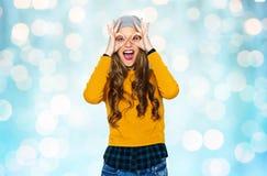 Mujer joven feliz o muchacha adolescente que se divierte Fotografía de archivo libre de regalías