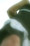 Mujer joven fuera de las piernas del foco Foto de archivo libre de regalías