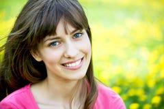 Mujer joven hermosa imagen de archivo