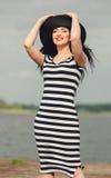 Mujer joven hermosa Con el profesional componga, el diseñar del pelo Nuevo maquillaje brillante accesorio de lujo del color, lápi Fotografía de archivo