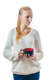 Mujer joven hermosa con la taza de té Foto de archivo libre de regalías