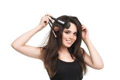 Mujer joven hermosa con las borlas, cuidado de piel Fotografía de archivo libre de regalías