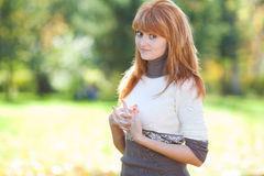 Mujer joven hermosa del adolescente del redhead Imagen de archivo
