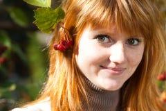 Mujer joven hermosa del adolescente del redhead Fotografía de archivo libre de regalías