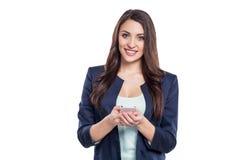 Mujer joven hermosa en el fondo blanco Imágenes de archivo libres de regalías