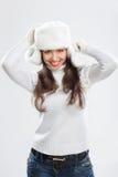 Mujer joven hermosa en ropa del invierno Imágenes de archivo libres de regalías
