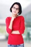 Mujer joven hermosa en ropa ocasional Fotos de archivo libres de regalías