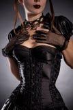 Mujer joven hermosa en traje victoriano del estilo Imagen de archivo libre de regalías